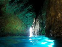 b_200_200_16777215_0___images_stories_mabbond_ponza_interno_grotta.jpg